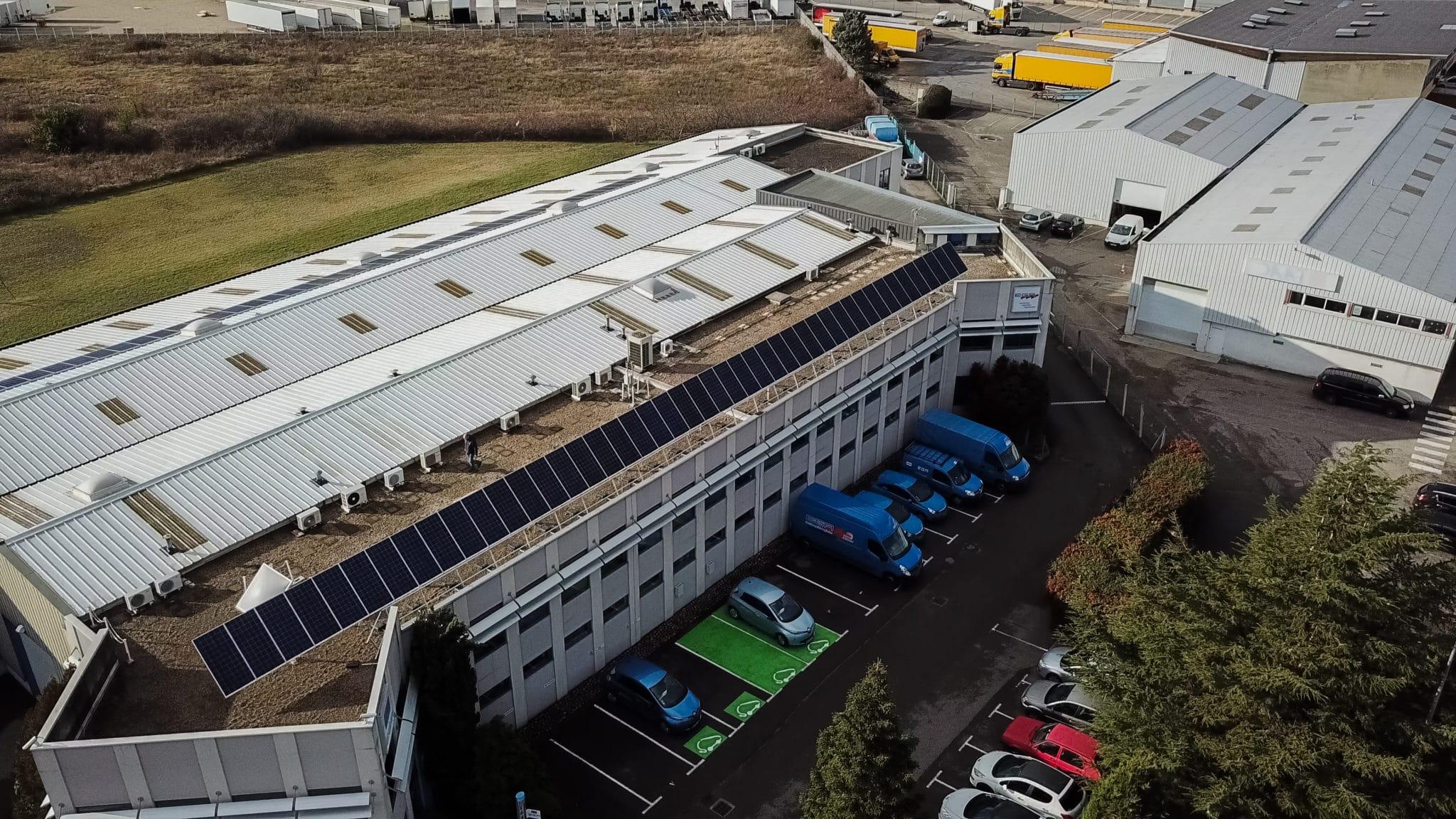 «Centrales PV – toiture terrasse béton» en autoconsommation, la révolution en marche